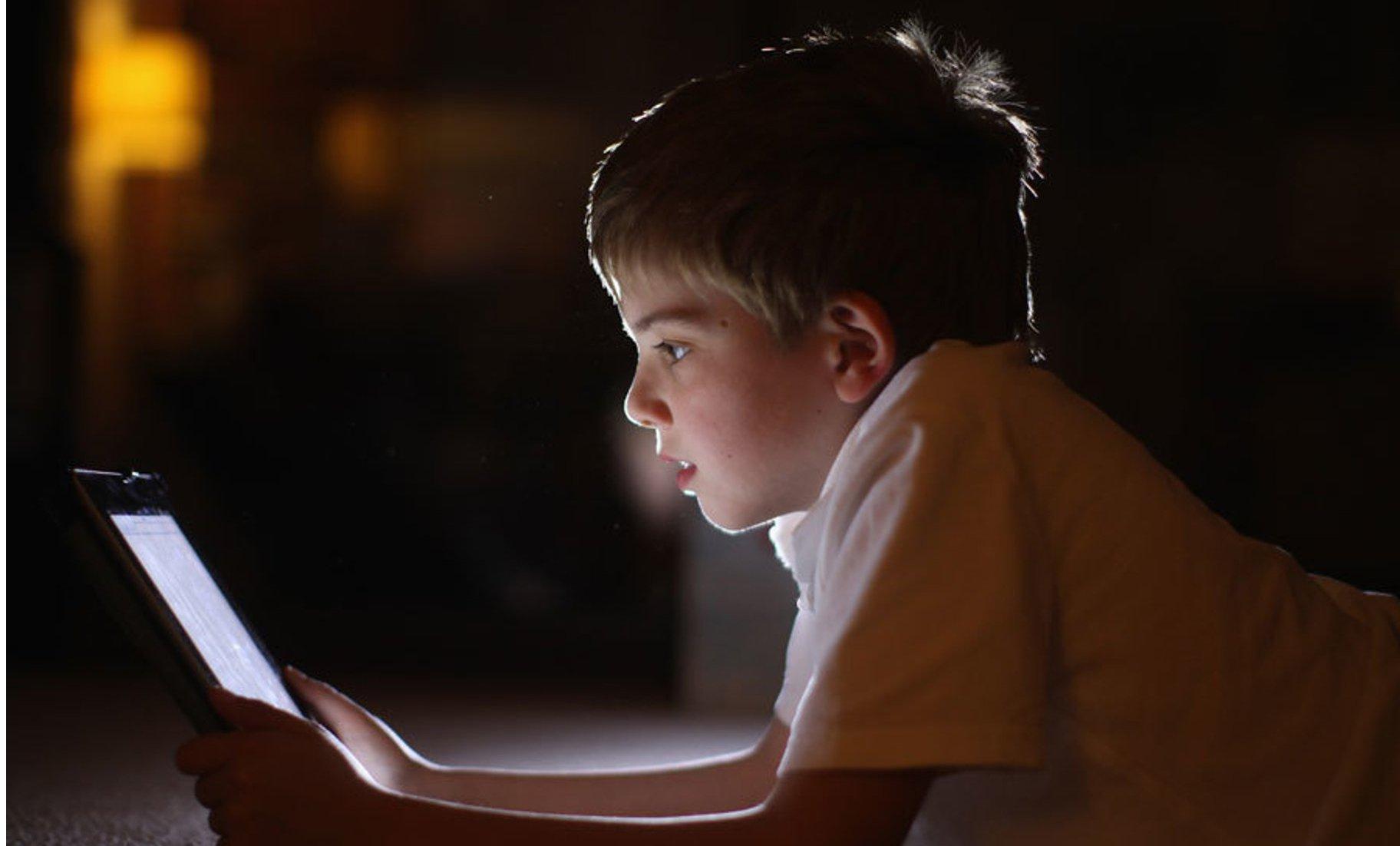 Safe Browsing-Kid in the dark